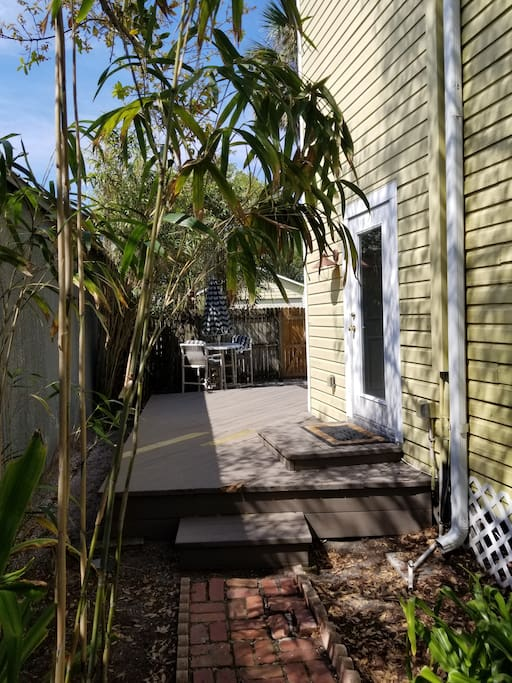 Fenced Courtyard to Apartment