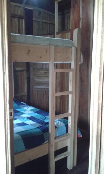 Habitacion 2  camarote individual con closet