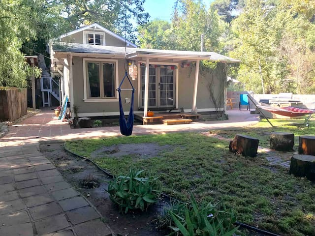The Sunshine House and Farm, Creekside