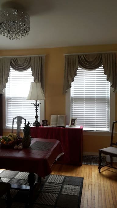 COLONIAL CENTURY HOME WELCOMES YOU