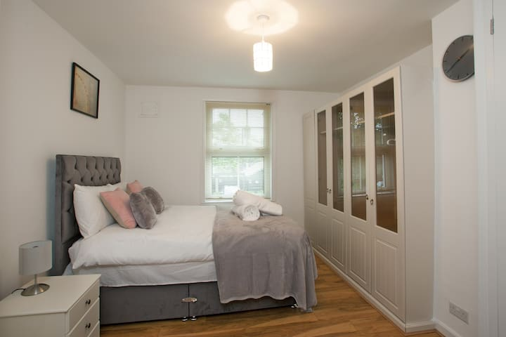 Stunning 3BR House in Chelmsford