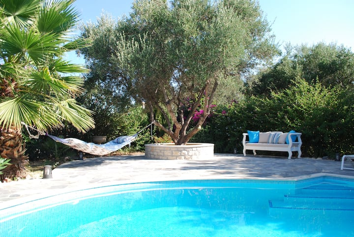 Lovely House with Swimming Pool in Rethymnon.