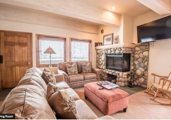 THE CHRISTOPHE  704 - 1 BDRM - Sun Valley Skiing!