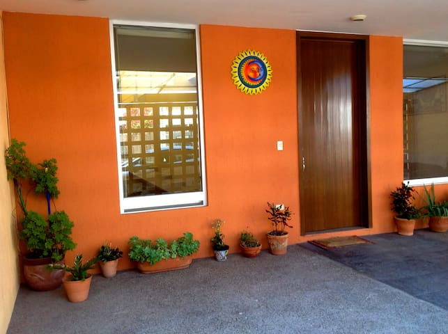 Spacious and bright house in Las Plazas - Irapuato - Talo