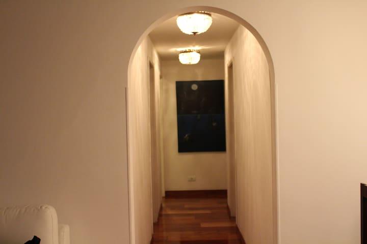Beautiful room in a cozy apt - Bogotá - Apartment