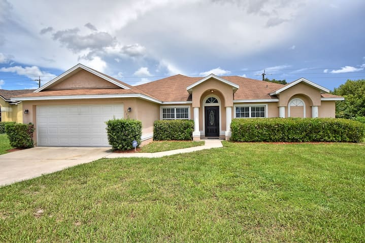 Beautiful Deltona Home