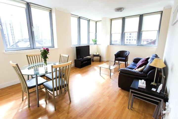 2 Bedroom flat in city center