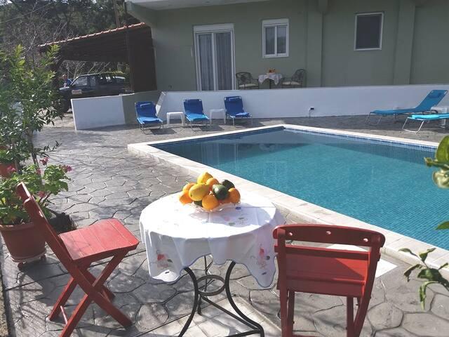 Greek Style Apartment & Pool