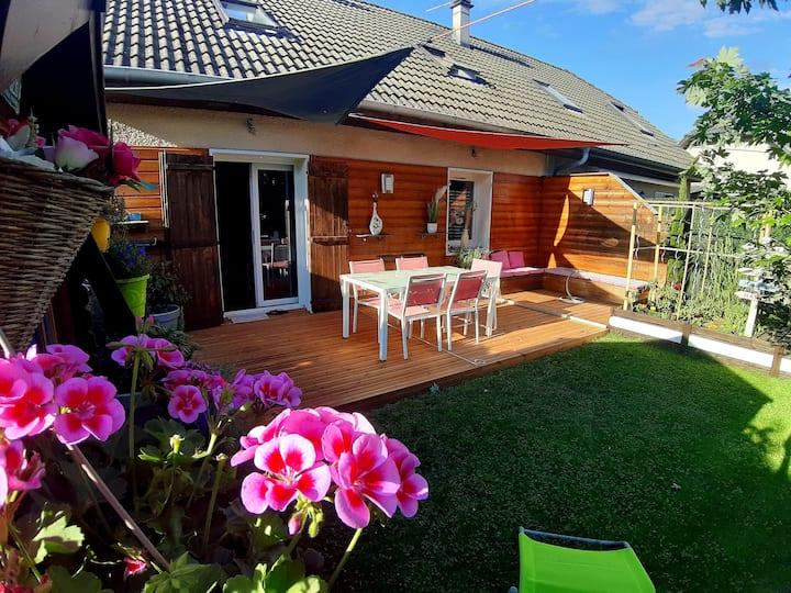 Petite maison de 100 m2 avec jardin
