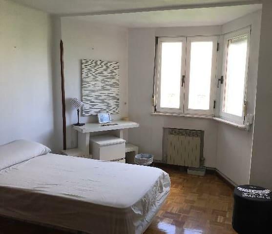 Habitacion limpia para descansar