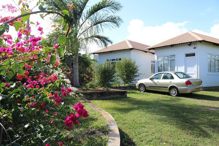 Maison au calme avec piscine - Pamplemousses District - House