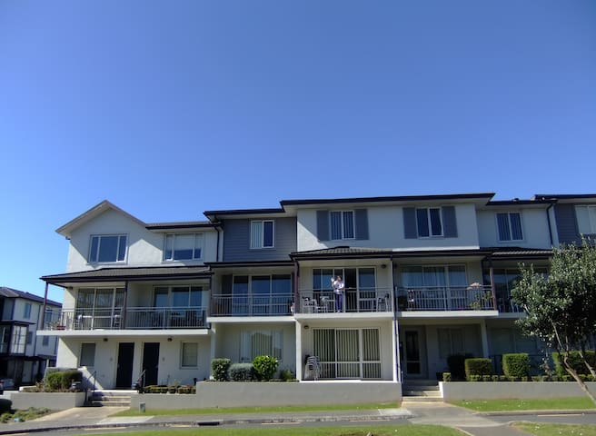 Entire Appartment, Botany, Auckland, New Zealand