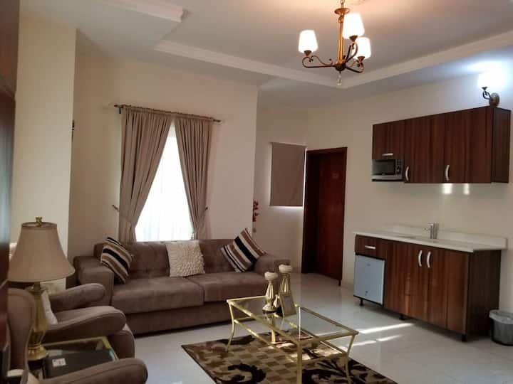 RightGateHotel Diplomatic suite, 2bed+living room