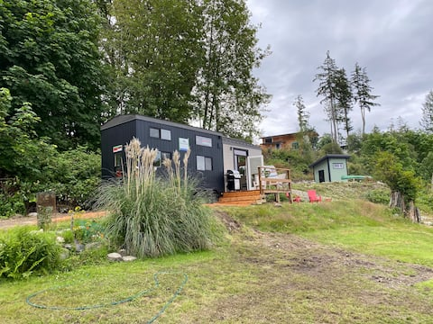 Garden Bay Tiny Home with a View