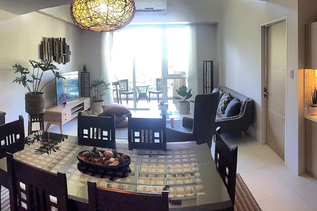 Panoramic shot of Dining and Kitchen