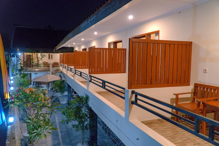 DeRose Guest House Room #3, Canggu - Bali
