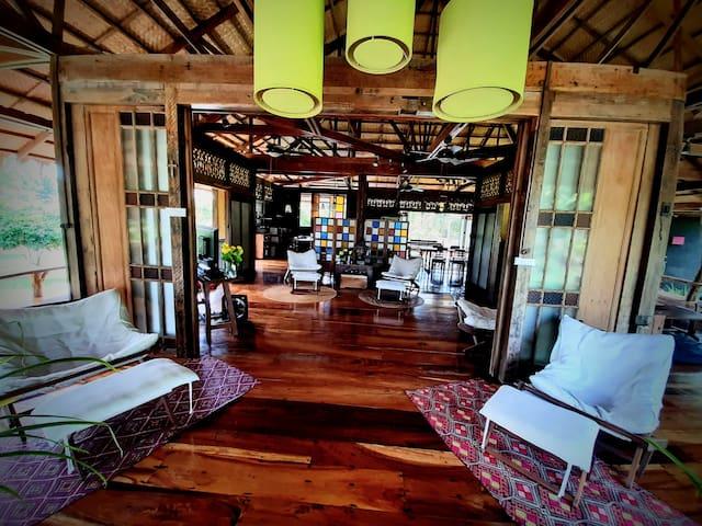 Casa Luminaria Private Villa for 16 Guests