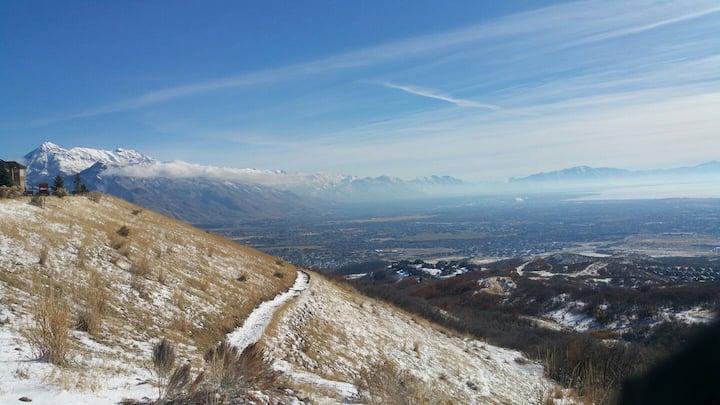 Utah Lake & Mountain View Getaway, Trails, Theater