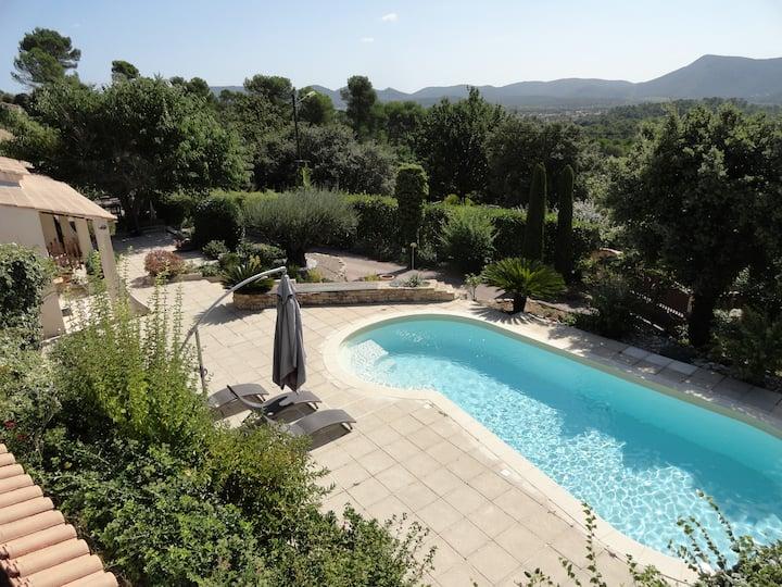 Calme et repos en Provence verte