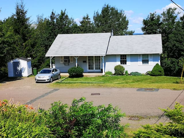 Large, Newly Renovated Suite on the Cobequid Trail