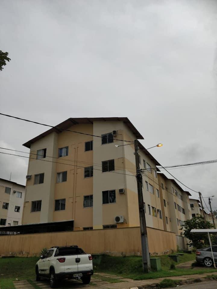Apartamento aconchegante e seguro no Cond. Salinas