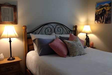 Cosy room steps from Beaver Creek ski resort - Avon - Wohnung