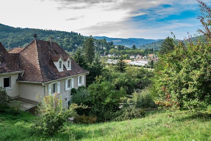 Françoise's Villa 4**** Luxury, Hot Tub, Mountain