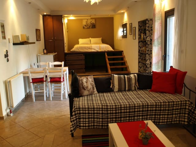 Large Studio of Ilian House, for 5 persons - Parga - Serviced apartment