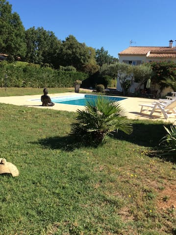 FLAYOSC : Calme, détendant, piscine PRIVEE
