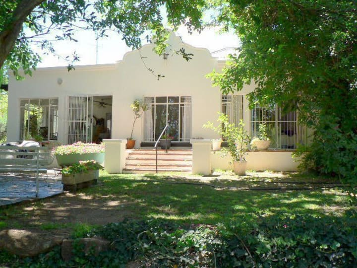 Paradise on the Vaal - unique secluded  getaway