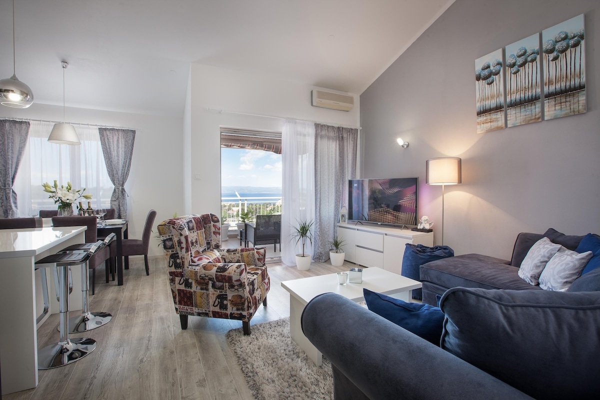 Luxury Apt. Luna With 3 Bedrooms, Seau0026CityView   Apartments For Rent In  Makarska, Splitsko Dalmatinska županija, Croatia