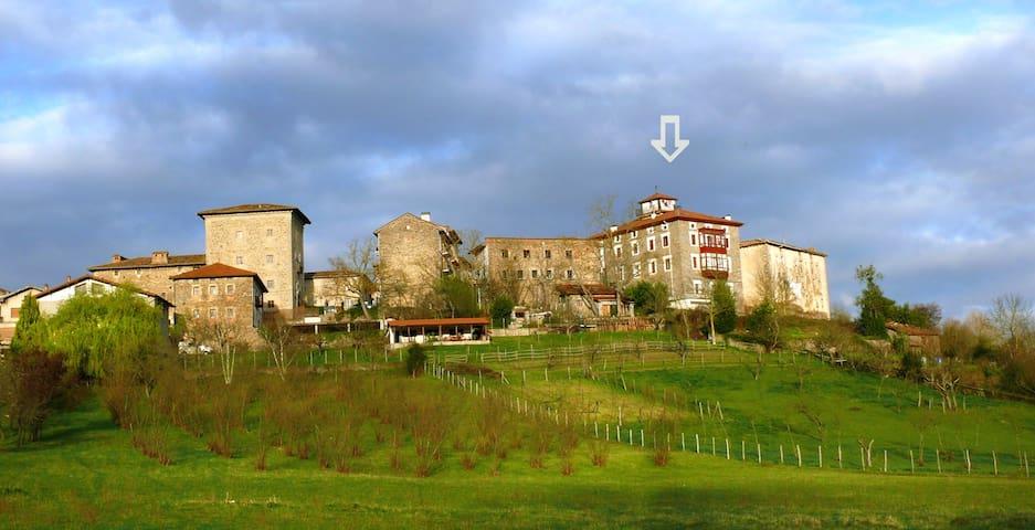 Ático con maravillosas vistas - Artziniega - Apartment