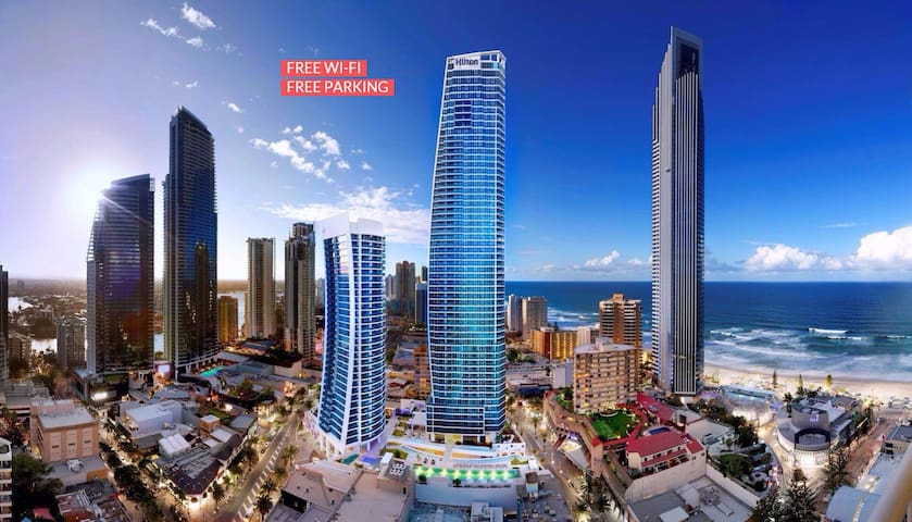 five star apartment at heart of Surfers' Paradise