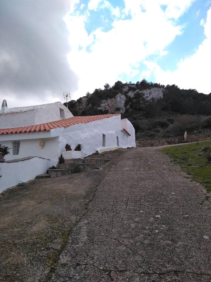 """""""Antiga""""  finca L'Enzell Menorca"""