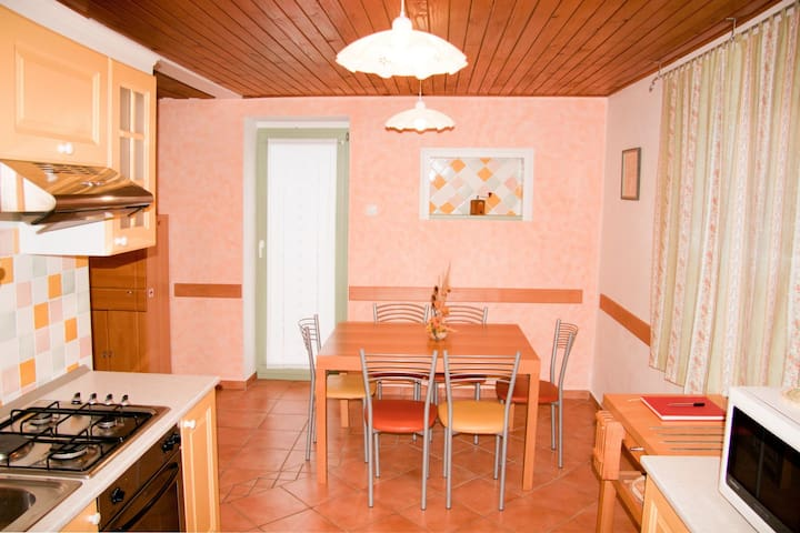 Apartment in Kostel near the river Kolpa (rafting)