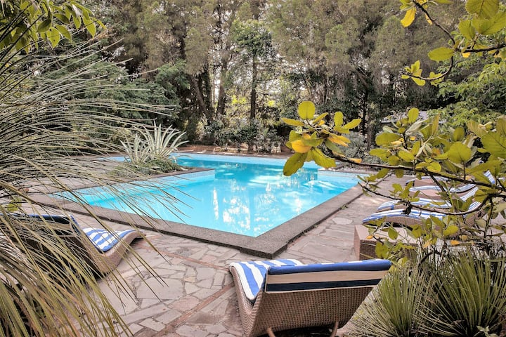 Etna Botanic Garden triple pool apartment