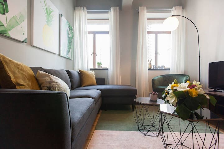 Cozy Two Bedroom Apartment In Cape Town Centre