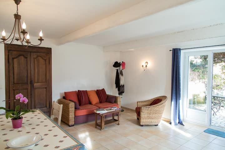 Maison en Provence, piscine chauffée, WIFI et P.