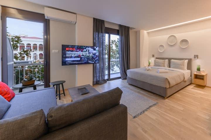 Magnolia City Suite - In the heart of Patras !