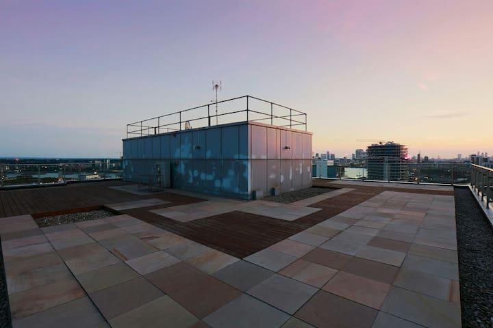 360 degrees panoramic views terrace - 1400 sq ft