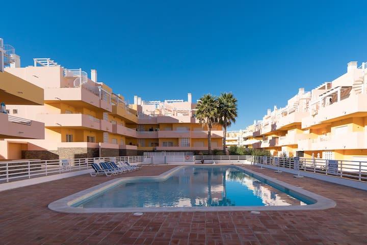 Blige Pink Apartment, Cabanas Tavira, Algarve