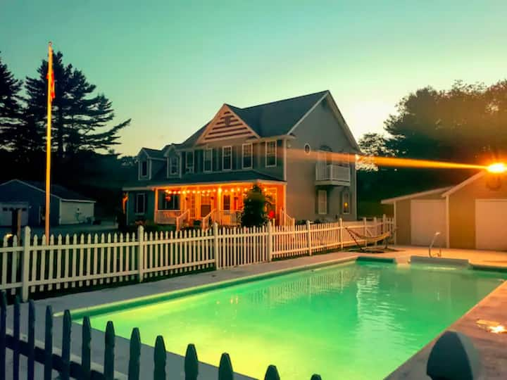 Perfect getaway with heated pool and tennis court!