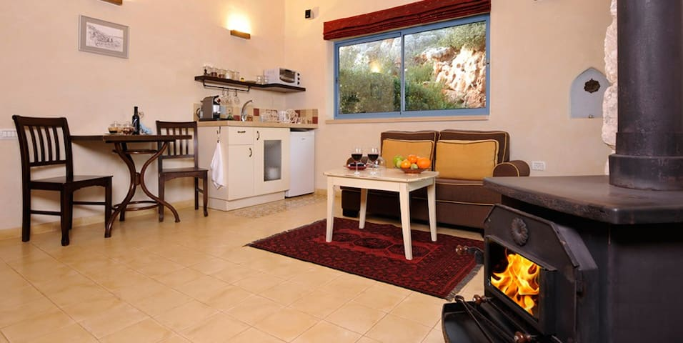 Darna Bagalil - Shardone suite - Hod Hasharon - Stuga