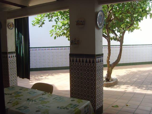 Maison typique andalouse dans un charmant village