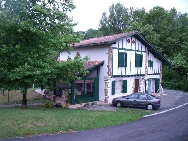 duplex dans maison au pays basque - La Bastide-Clairence - House