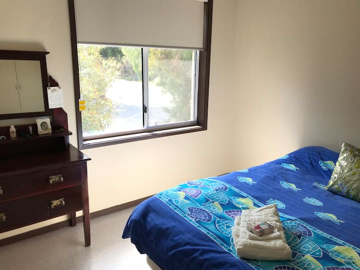 Private room for female in beautiful town house.