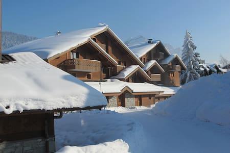 Fabulous Alpine Chalet Apartment - Les Carroz - d'Arâches
