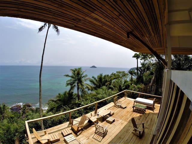 Unama Coastline House - Santana - Rumah