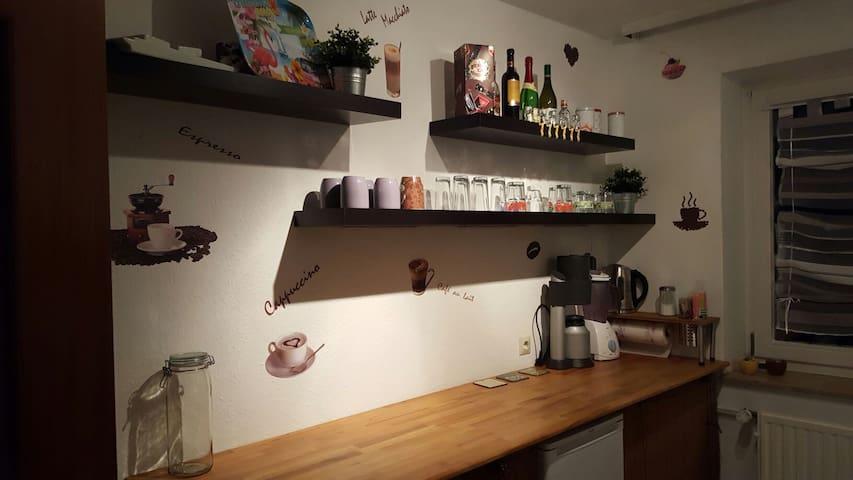 Gemütliche Wohnung , gut angebunden - Ronnenberg - Leilighet
