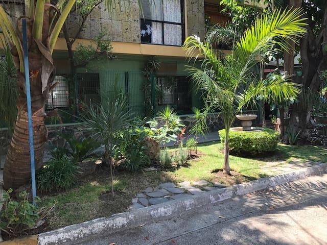 Habitación privada con entrada independiente. #1